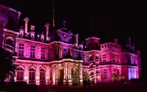 waddesdon-manor-christmas-2015-photo-kathy-chantley-c-the-national-trust-waddesdon-manor-800x500