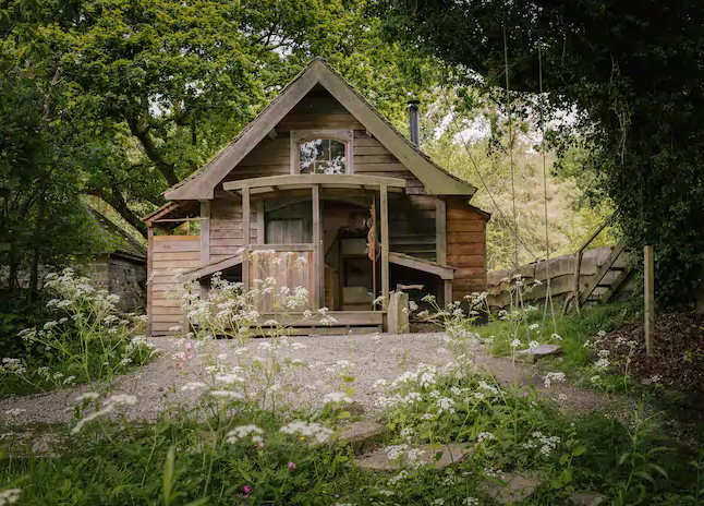 unique airbnb stays uk riverside cabin