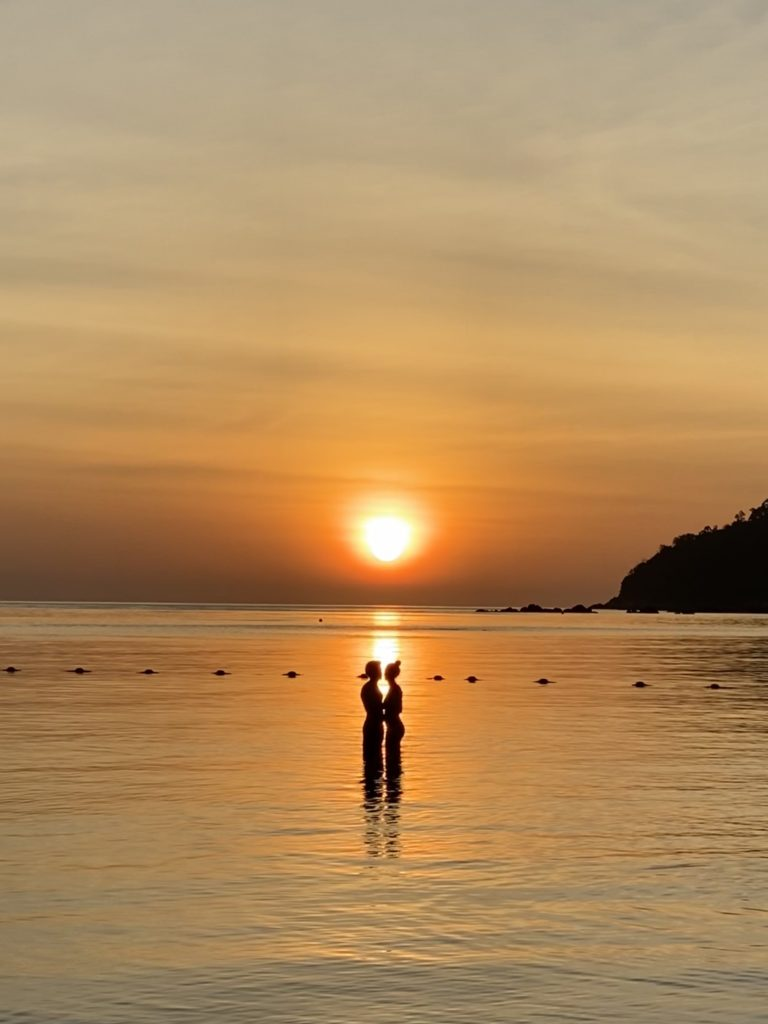 Pattaya Beach, sunset - couple